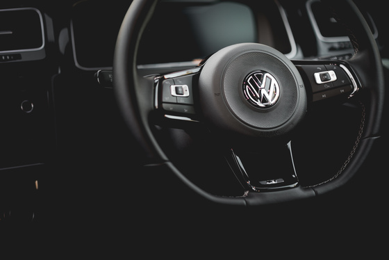 Jamie Sheldrick, Volkswagen Golf R, UK, 24/11/2017 11:34:12 Thumbnail
