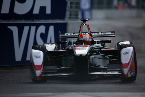 Shivraj Gohil, London ePrix, UK, 28/06/2015 08:18:33 Thumbnail