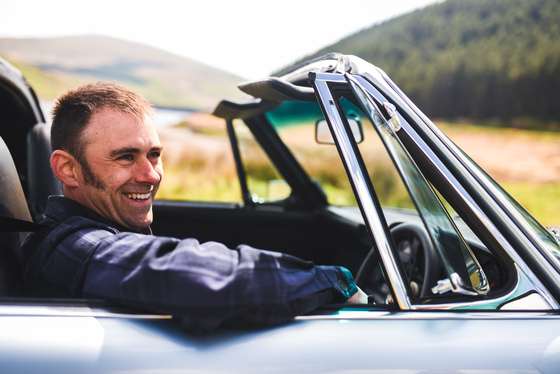 Dan Bathie, Electric Porsche 911 photoshoot, UK, 03/05/2017 11:58:47 Thumbnail