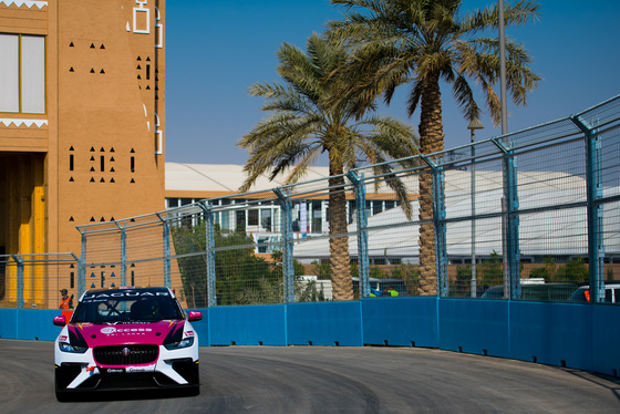 Lou Johnson, Jaguar i-Pace eTrophy, Saudi Arabia, 14/12/2018 12:30:13 Thumbnail